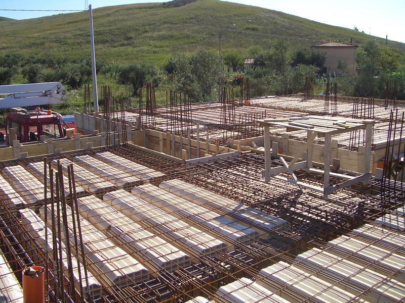 Bologna Casalecchio di Reno - nuova costruzione fondamenta