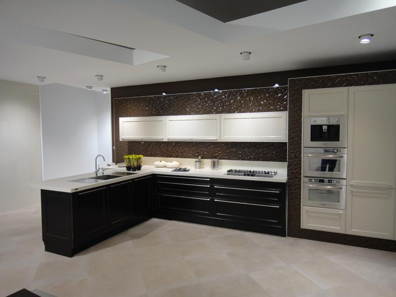 Bologna Centro - ristrutturazione appartamento - cucina moderna